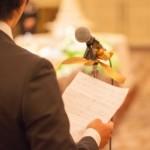 結婚式で友人代表の挨拶を落ち着いて話すスピーチの基本とコツ