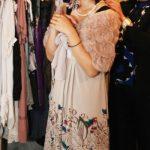 結婚式のお呼ばれ服装:ぽっちゃり体型をカバーしたい独身女性の思い